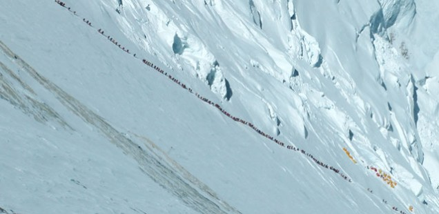 Long lines up Everest.